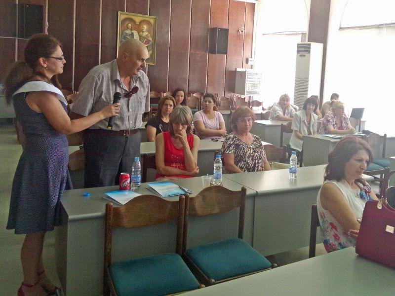 111 лични асистенти осигуряват грижа на 283 потребители от община Сливен