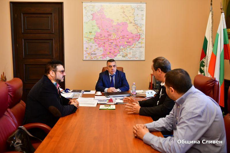 Кметът Стефан Радев се срещна с тенора Камен Чанев и директора на операта в Стара Загора