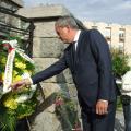 Областният управител поднесе венец пред паметника на воеводата