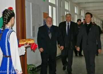 посрещане на Негово превъзходителство г-н Ксавие Лапер дьо Кабан