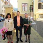 наградените в конкурса с Надежда Захариева