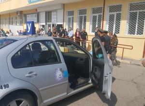 Ученици демонстрираха майсторско шофиране в междуучилищно състезание за водачи на моторно превозно средство