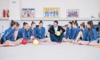 Димитър Бербатов засне специална фотосесия  с ансамбъла по художествена гимнастика