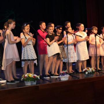 вокална група Сладурани