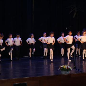група за народни танци Звънче