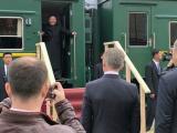 Ким Чен-ун пристигна с частния си брониран влак в Русия
