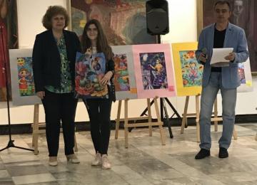 Награждаване на Стефани Долапчиева