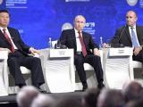 Президентът Румен Радев  заедно с президентите Владимир Путин и Си Цзинпин в панел от Международния икономически форум в Санкт Петербур