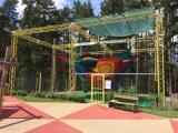 """Спортно-туристически комплекс """"Сините камъни""""  включва и атракциона """"Въжеландия"""""""