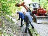 Кметът Стефан Радев и областният управител Чавдар Божурски направиха символичната първа копка