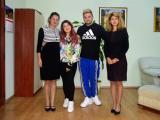 Стан и Стефи със заместник-кмета Пепа Чиликова и секретаря на МКБППМН Лилия Радева