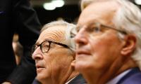 Жан-Клод Юнкер и Мишел Барние обсъждат Брекзит и бюджетните въпроси с евродепутатите преди Европейския съвет следващата седмица.
