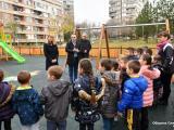 """На изцяло нова и атрактивна детска площадка вече се радват най-малките обитатели на квартал """"Младост"""