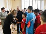 Заместник-кметът Пепа Чиликова награди всички участници, а ръководителите им получиха благодарствено писмо и купа за цялостен принос в превантивната дейност на Комисията.