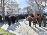 Освещаване на бойните знамена на Военно формирование 22220-Сливен пред паметника на Панайот Хитов