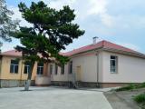 """Двата центъра се намират в бившето училище """"Хаджи Димитър"""" в квартал """"Клуцохор"""""""