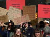 Преподаватели в 74 британски университета започват 14-дневна стачка във връзка със заплащането, пенсиите и условията на работа