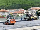 """Довършване на паркинга над река Асеновска до МБАЛ """"Хаджи Димитър""""."""