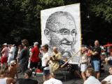 Протест Берлин срещу ограничителни мерки, наложени във връзка с коронавируса. Снимка: ЕПА/БГНЕС