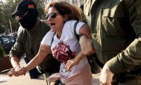В продължение на повече от година, тълпи от граждани, са обект на жестоки репресии от страна на беларуските власти